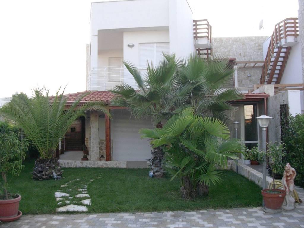 Villa a Castellaneta Marina di recente costruzione