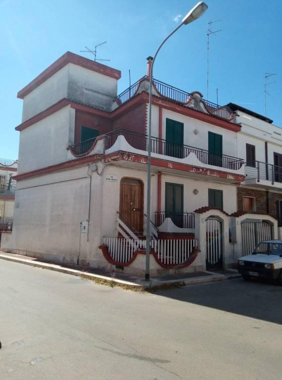 Villa in buone condizioni in vendita Rif. 8609572