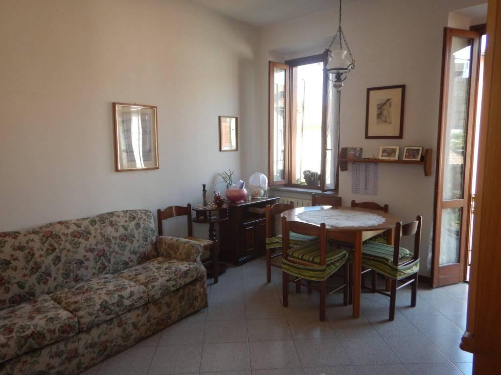 Appartamento in buone condizioni arredato in affitto Rif. 8079592