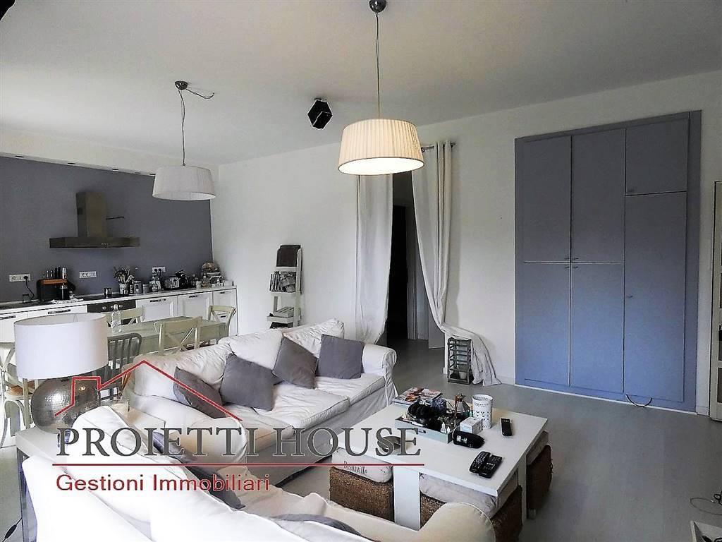 Appartamento in ottime condizioni arredato in affitto Rif. 8177089
