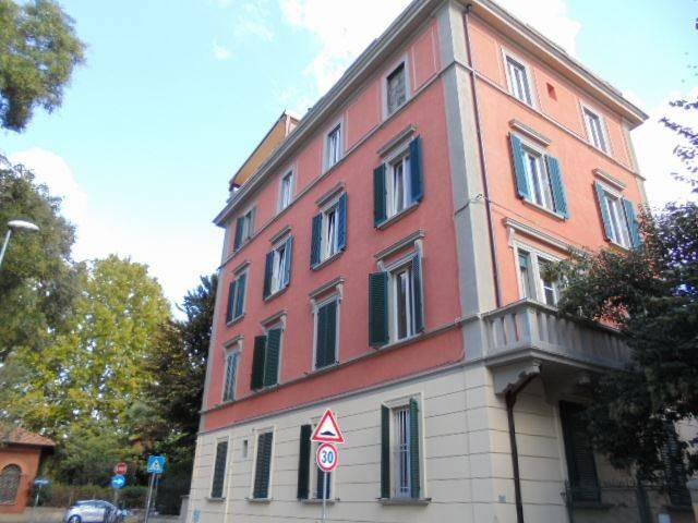 Appartamento in vendita 3 vani 73 mq.  via Ilio Barontini 27 Bologna