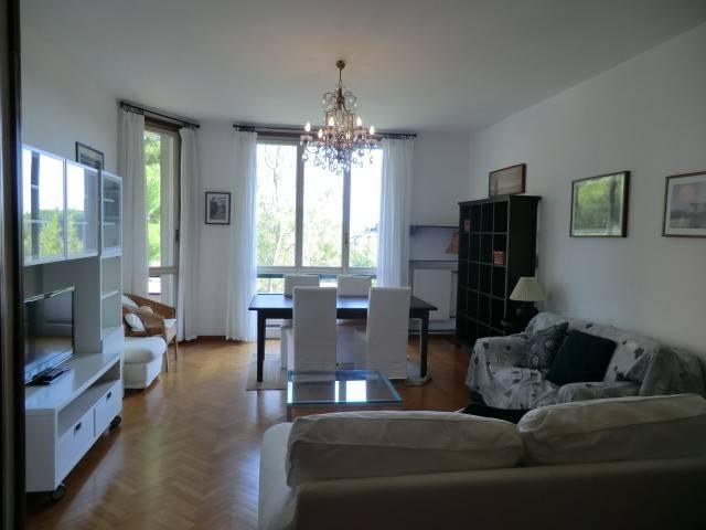 Appartamento in buone condizioni arredato in affitto Rif. 8079396