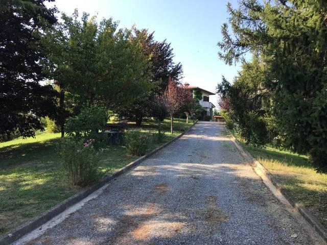 Foto 1 di Villa Treiso
