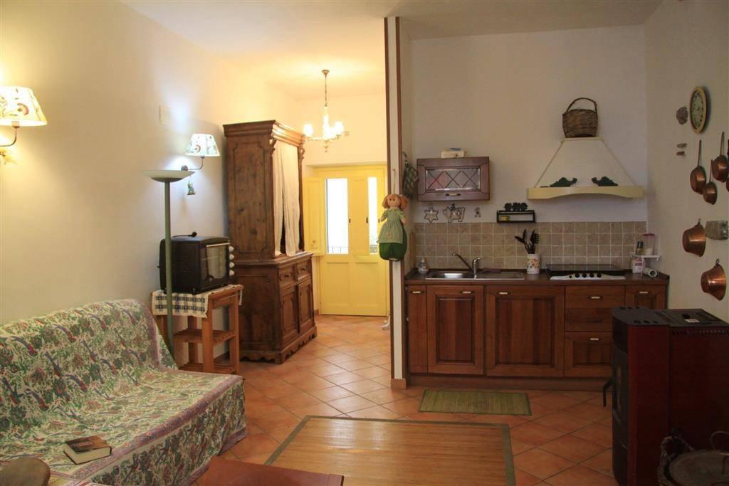 tuscania appartamento affitta