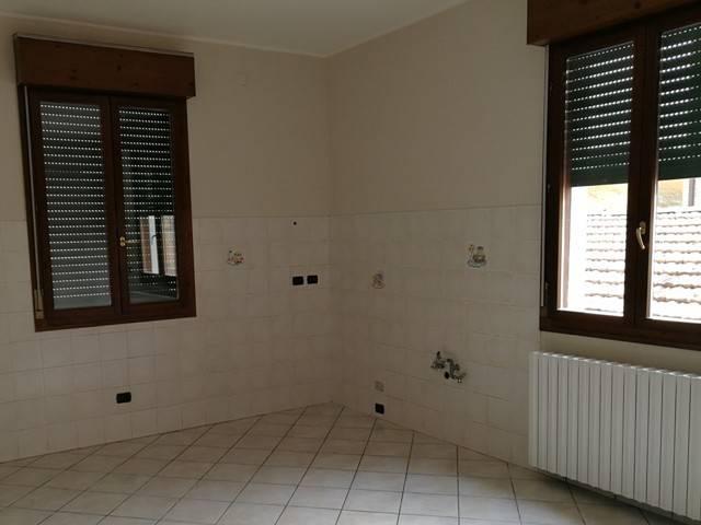 Appartamento in Vendita a Vignola Centro: 3 locali, 117 mq