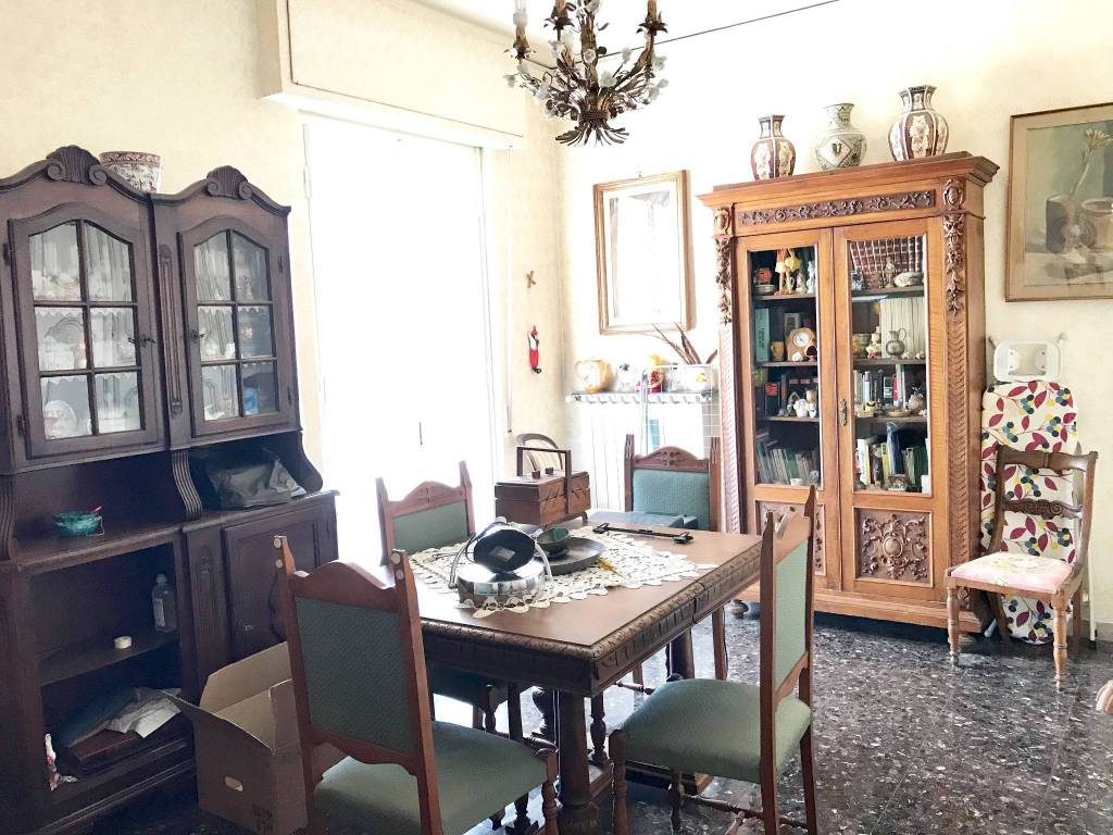 Appartamento da ristrutturare in vendita Rif. 9285856