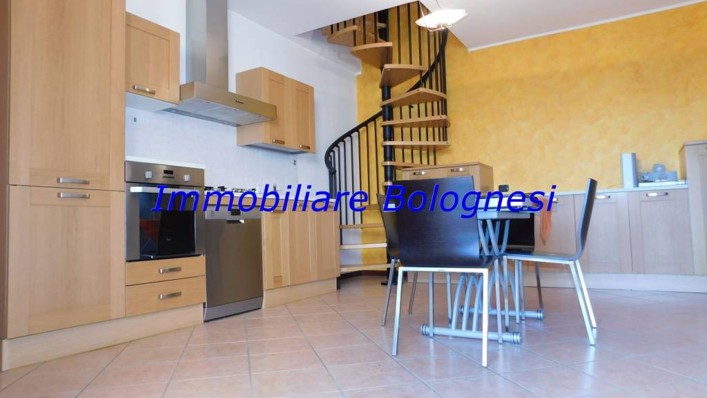 Appartamento in vendita a Arsago Seprio, 2 locali, prezzo € 83.000 | CambioCasa.it