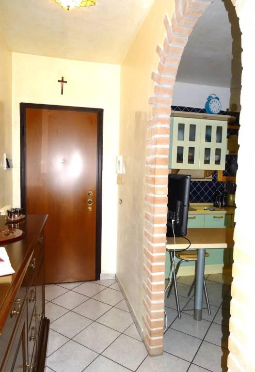 Appartamento in ottime condizioni in vendita Rif. 8888512