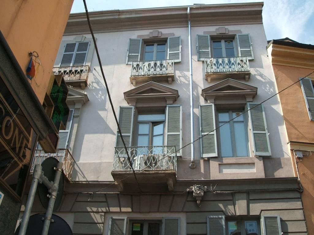 Negozio / Locale in Affitto a Alessandria