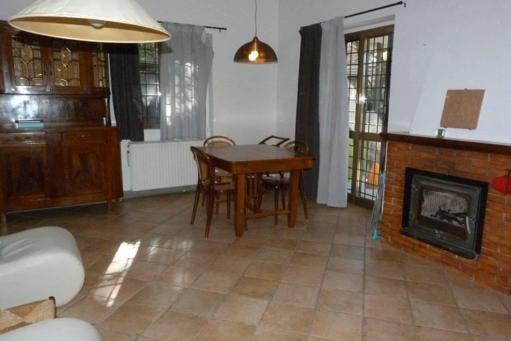 Appartamento in ottime condizioni parzialmente arredato in affitto Rif. 8078675