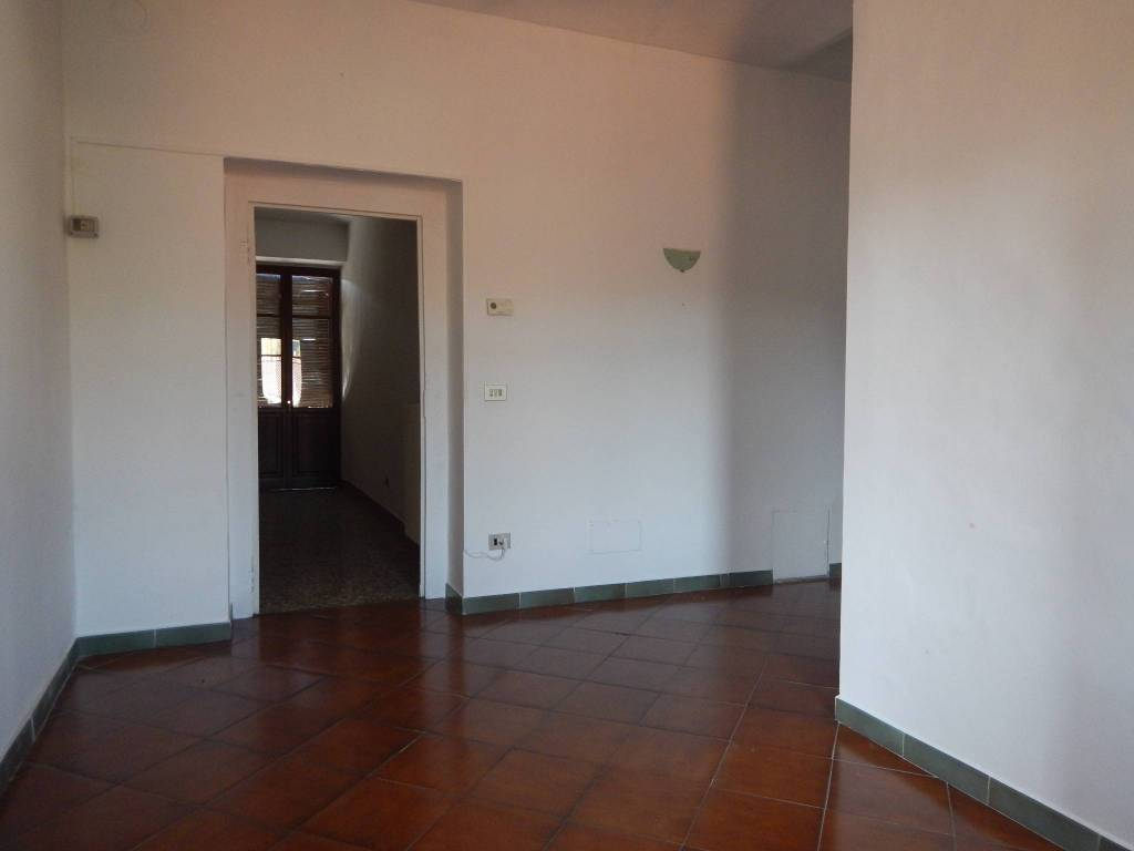 Appartamento in ottime condizioni parzialmente arredato in affitto Rif. 8107917