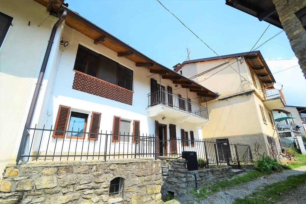 Villetta a schiera in ottime condizioni in vendita Rif. 8112870