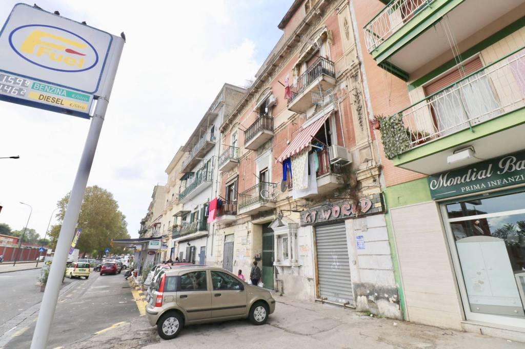 Appartamento da ristrutturare in vendita Rif. 8107703