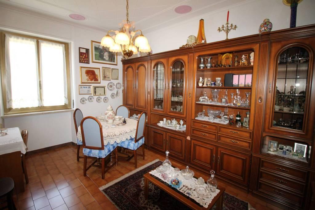 Appartamento in vendita 3 vani 72 mq.  via Massimo Gorki 3 Milano
