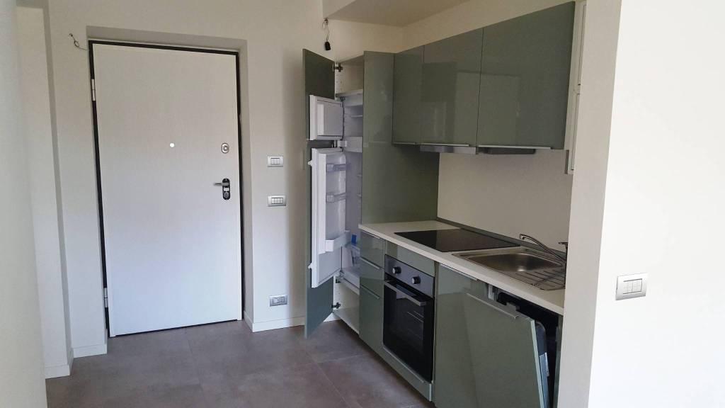 Appartamento in ottime condizioni arredato in affitto Rif. 8108437