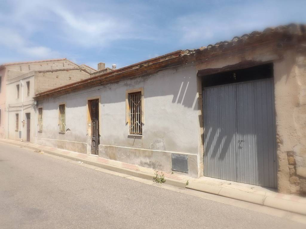 Villa 6 locali in vendita a Baratili San Pietro (OR)