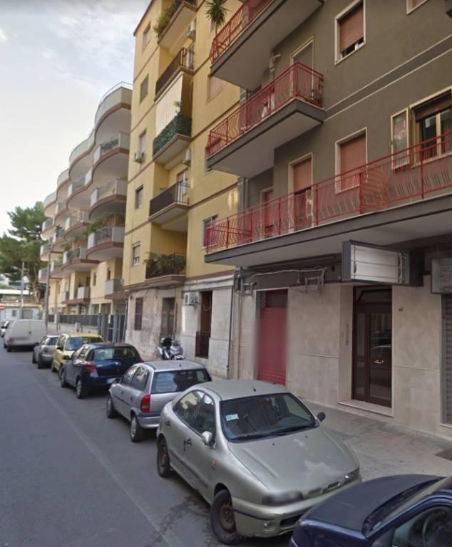 Rione Italia locale commerciale