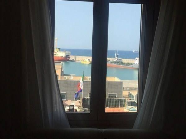 Appartamento trilocale in vendita a Crotone (KR)
