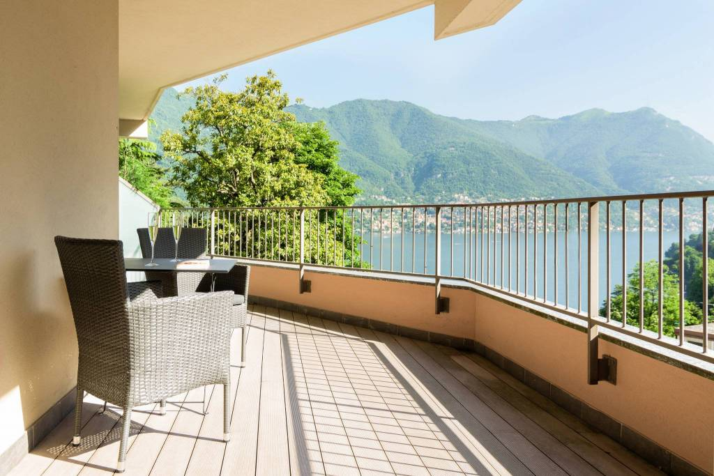 Appartamento in vendita a Blevio, 4 locali, prezzo € 480.000 | PortaleAgenzieImmobiliari.it