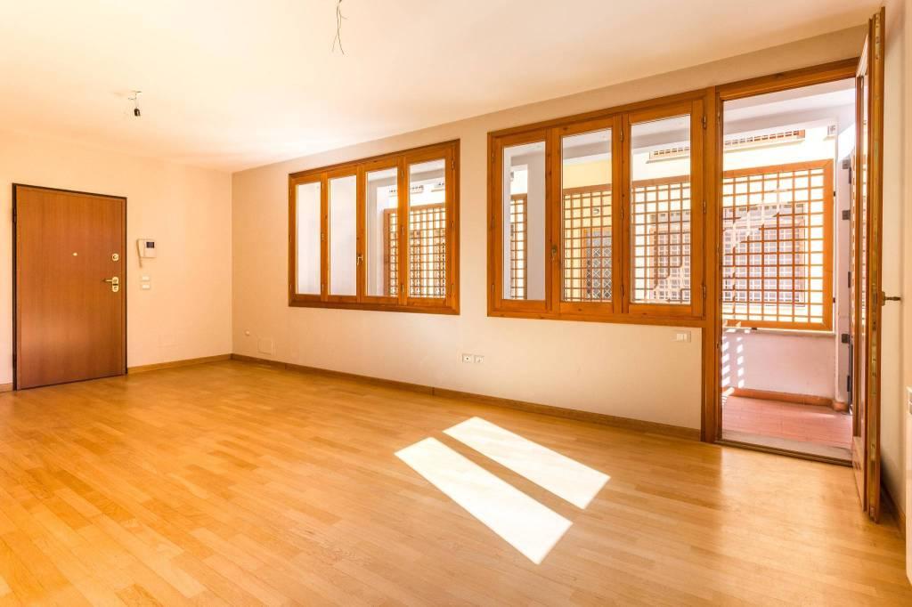 Loft / Openspace in ottime condizioni in vendita Rif. 8135695