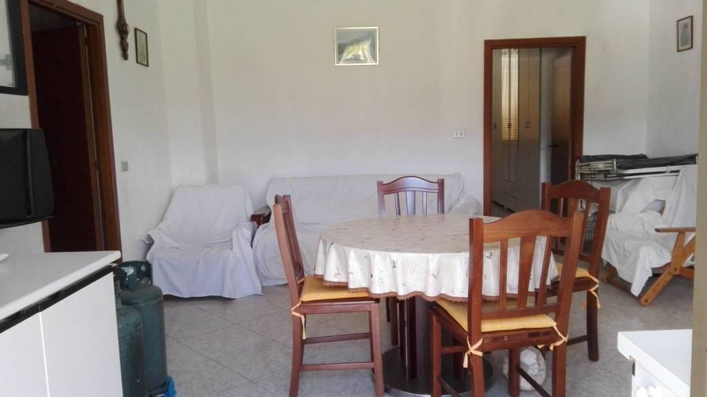 Rustico / Casale in vendita a Borgorose, 3 locali, prezzo € 35.000 | CambioCasa.it