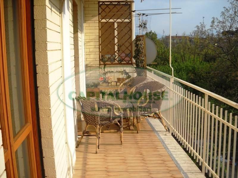 Appartamento in buone condizioni in vendita Rif. 8132763