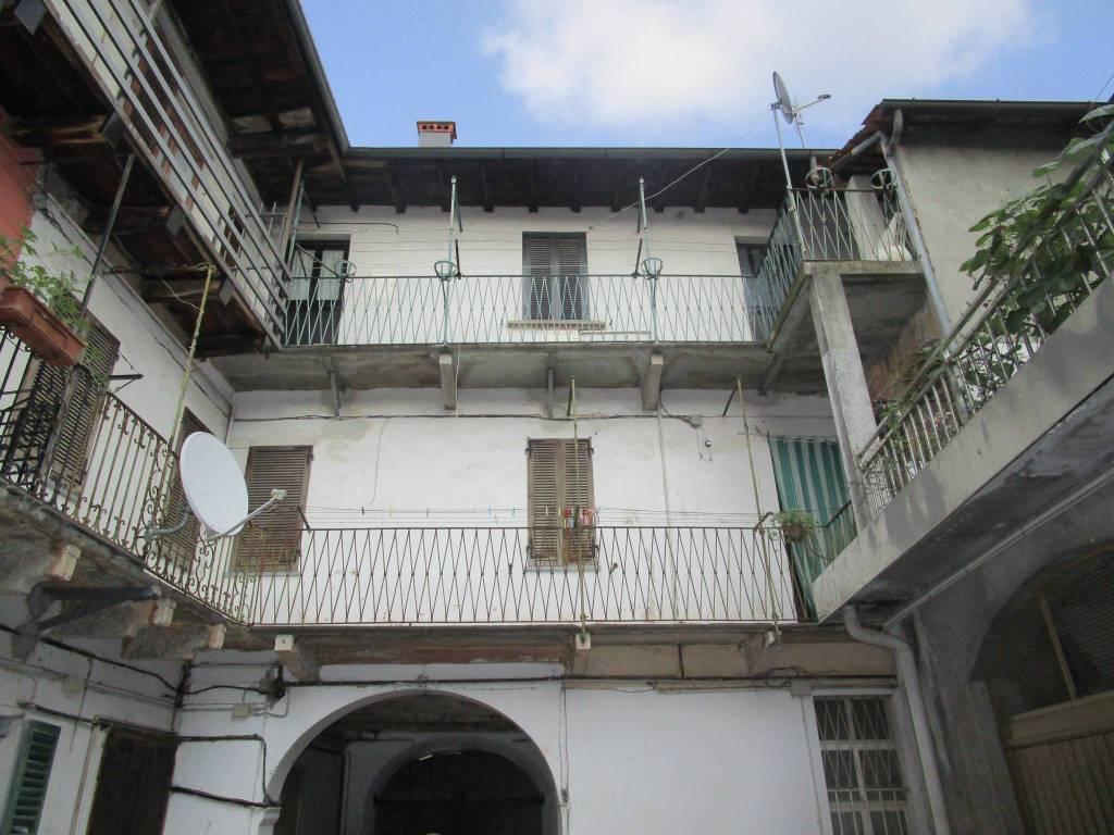 Appartamento in vendita a Gozzano, 3 locali, prezzo € 43.000 | CambioCasa.it