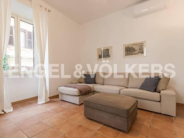 Appartamento in Affitto a Roma 28 Trastevere / Testaccio: 4 locali, 120 mq