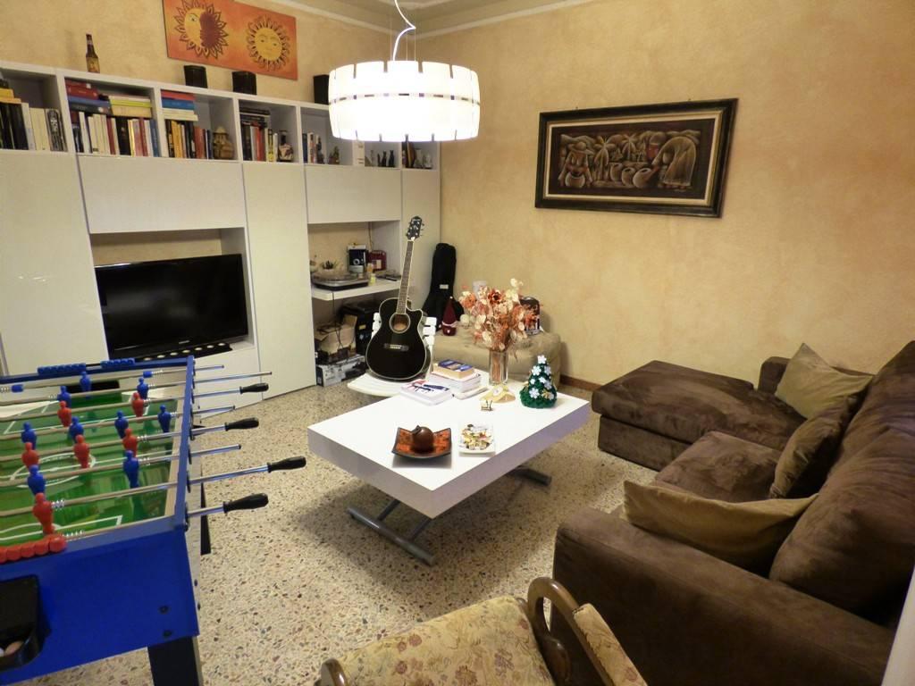 Attico / Mansarda in buone condizioni in vendita Rif. 8134012