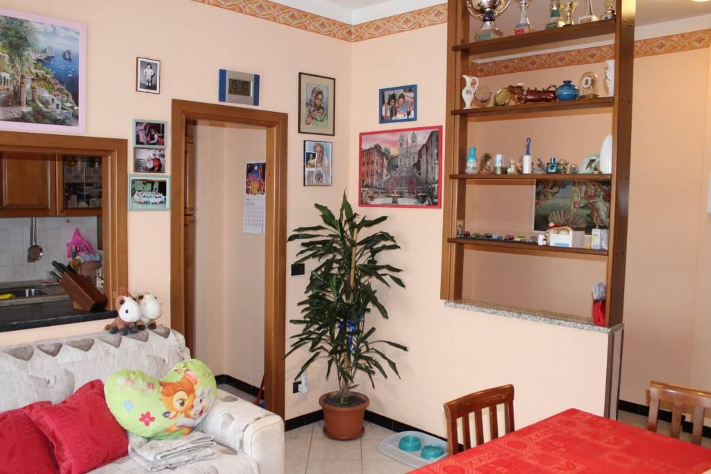Appartamento in ottime condizioni in vendita Rif. 8132979