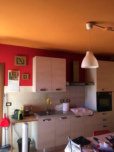 Appartamento in buone condizioni in vendita Rif. 8139351