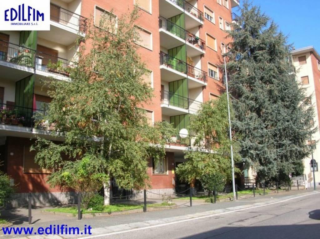 Appartamento in ottime condizioni arredato in affitto Rif. 8136430