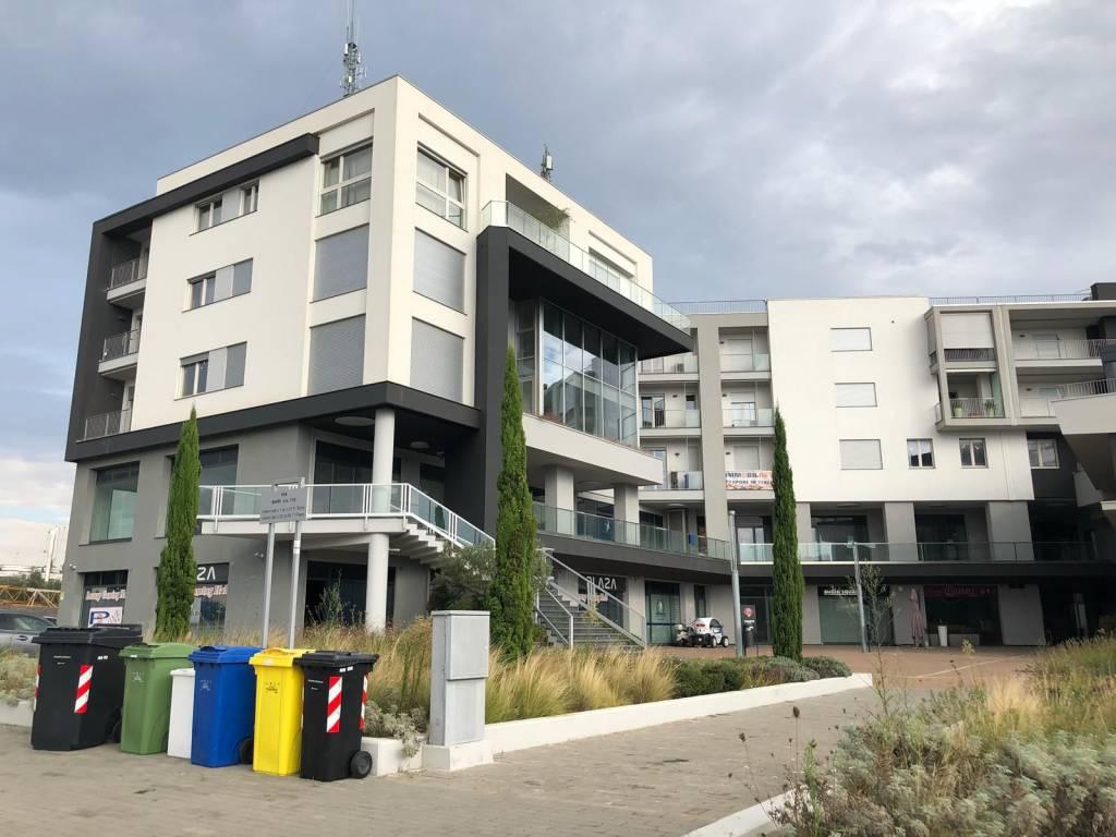 Ufficio in affitto Rif. 8135707