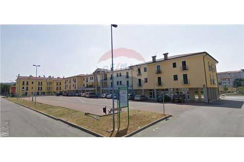 Appartamento in vendita Rif. 8160848