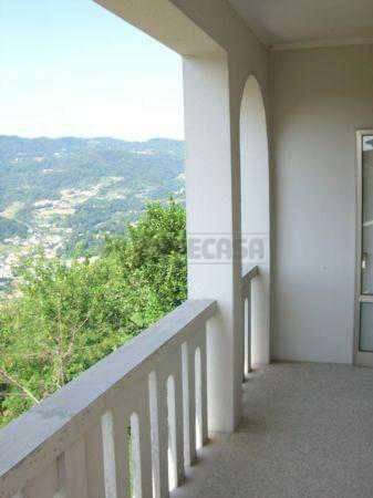 Appartamento in buone condizioni in vendita Rif. 8410830