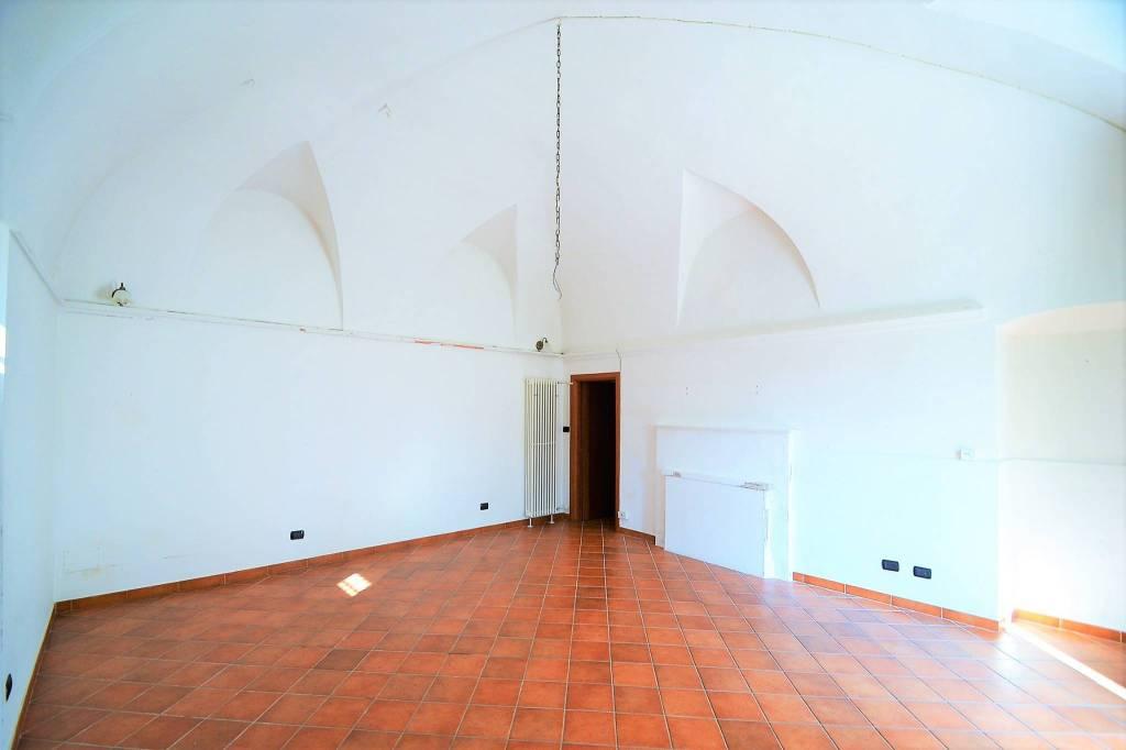 Appartamento in ottime condizioni in affitto Rif. 8141976
