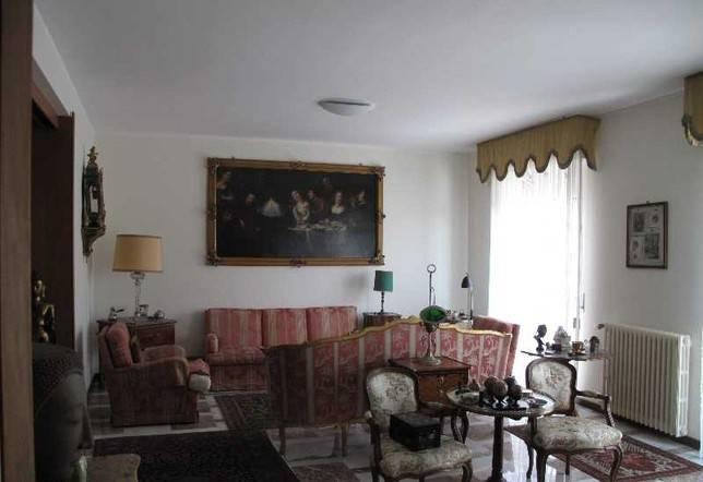 Appartamento ristrutturato zona piazza Paietta
