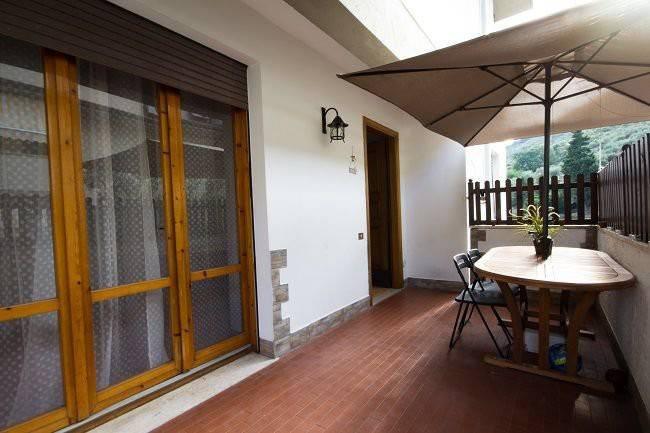 Appartamento in buone condizioni in vendita Rif. 8228723