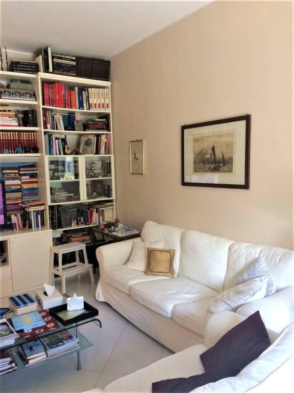 Appartamento quadrilocale in vendita a Bari (BA)