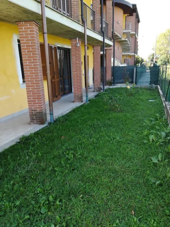 Appartamento in ottime condizioni parzialmente arredato in affitto Rif. 7722312