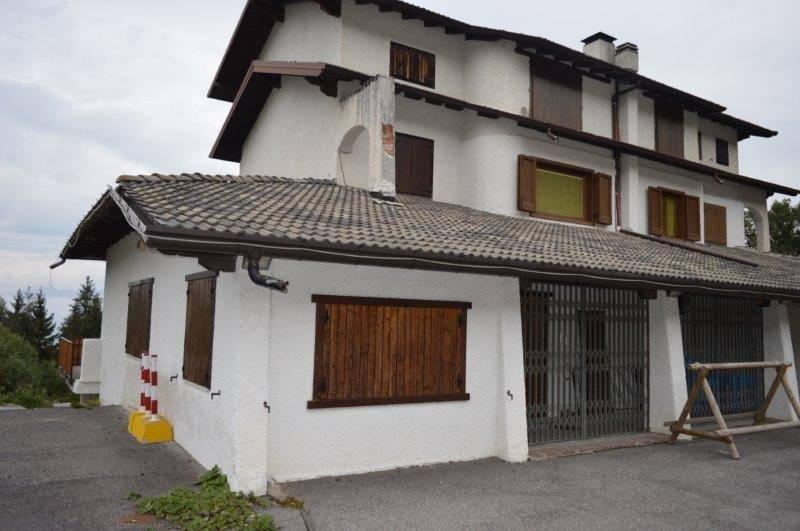 Appartamento in buone condizioni arredato in affitto Rif. 7945086
