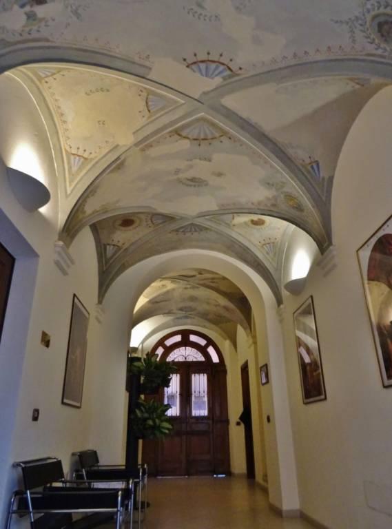Affitto bilocale in palazzo storico