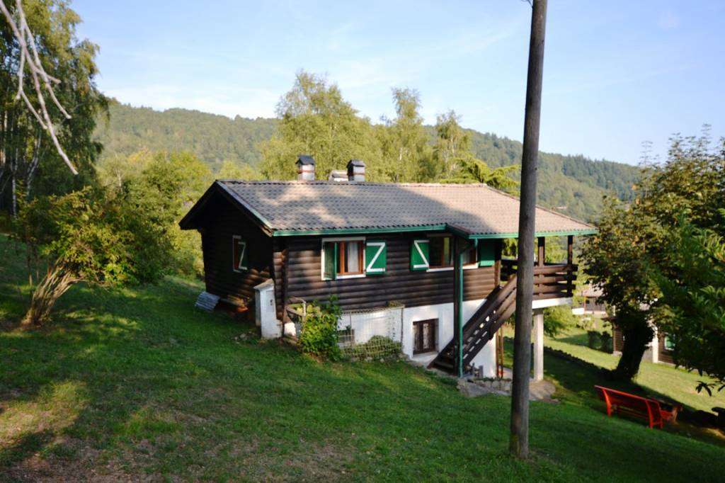 Villa in ottime condizioni in vendita Rif. 8152268