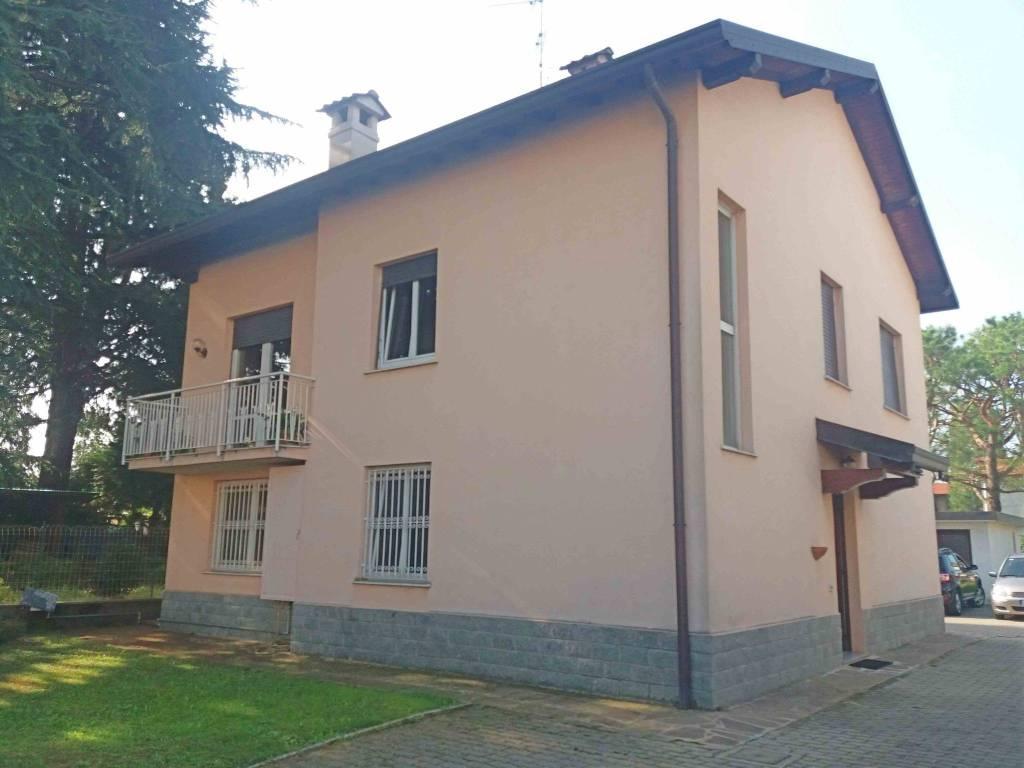 Appartamento in vendita a Lurate Caccivio, 3 locali, prezzo € 160.000 | PortaleAgenzieImmobiliari.it