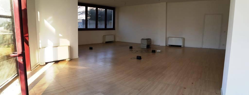Ufficio / Studio a Legnano in Vendita