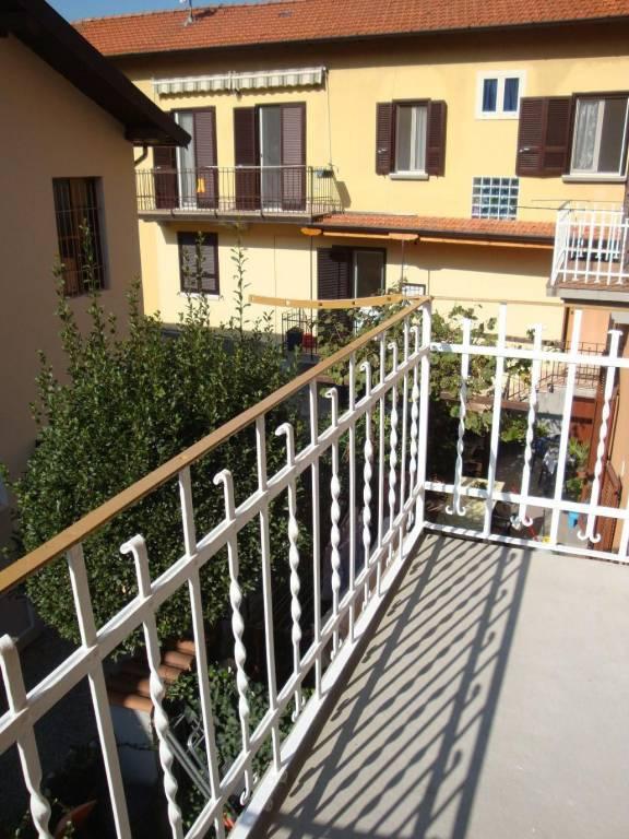 Appartamento in ottime condizioni in affitto Rif. 8152943