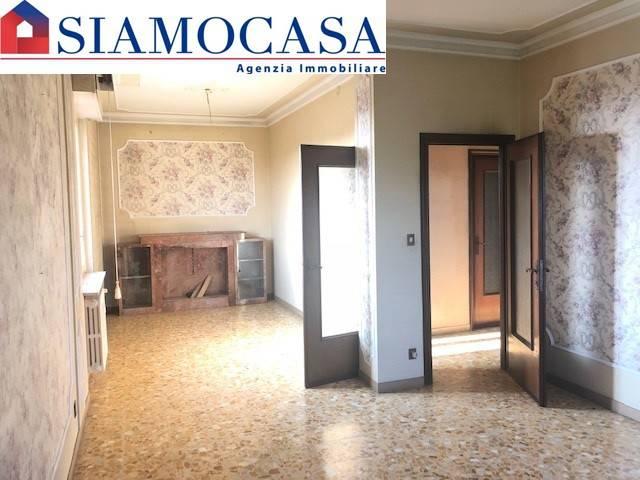 Appartamento quadrilocale in vendita a Alessandria (AL)