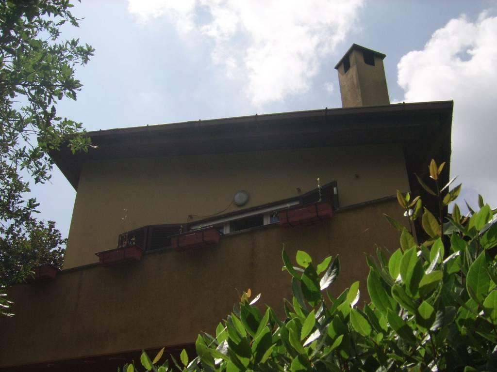 Villa in vendita a Castelnuovo di Porto, 6 locali, prezzo € 620.000 | CambioCasa.it