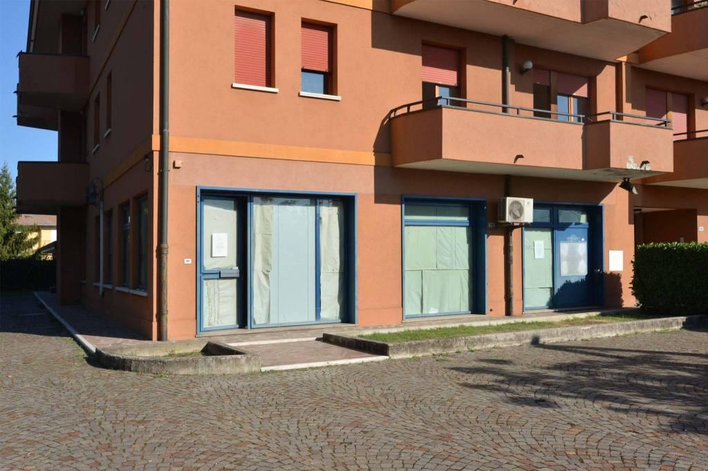 San Carlo, negozio di 236 mq. 3 vetrine Rif. 8152518
