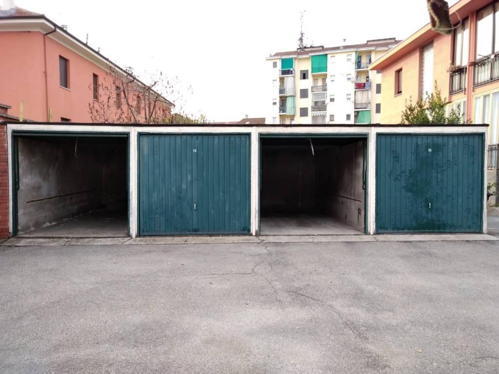 Box/Garage in vendita via Fiume Nichelino